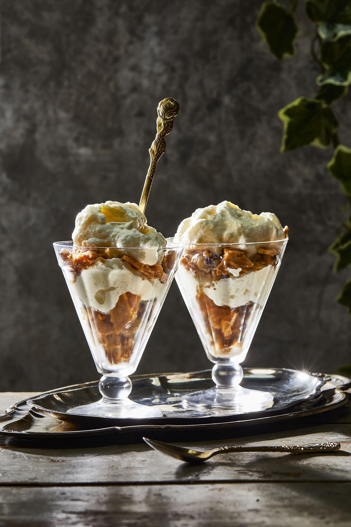 Citroenmousse met walnoot en gember