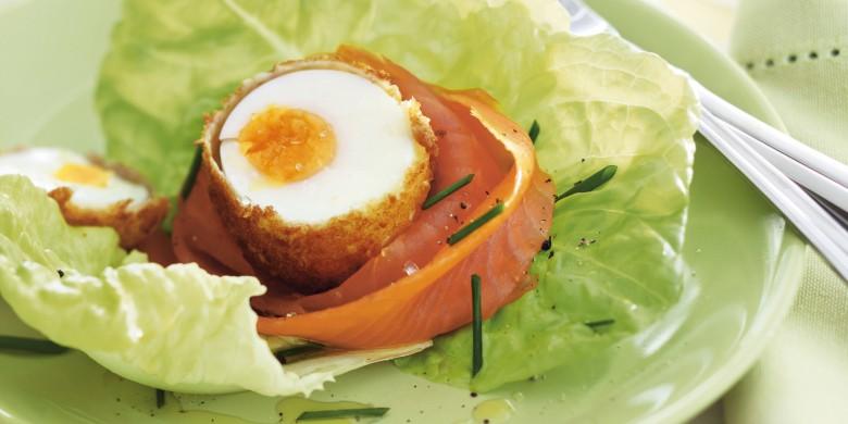 Zalmnestjes met krokante eieren