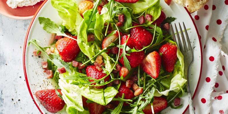 Kropsla met gemarineerde aardbeien